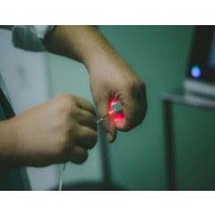 Θεραπεία λέιζερ: «Κλειδί» η εμπειρία και γνώση του χειρουργού